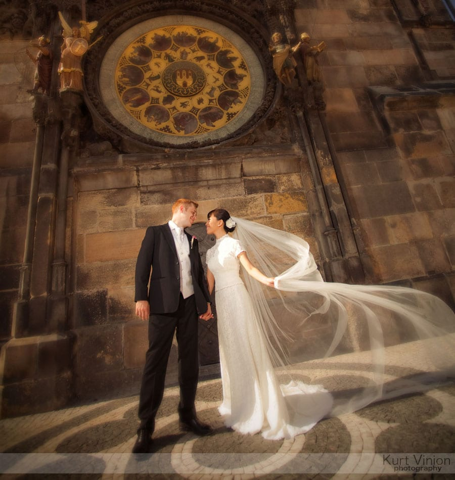 Vrtbovska Garden Wedding Prague / Roni & Tom (HK) wedding photography at the Astronomical Clock in Old Town Square