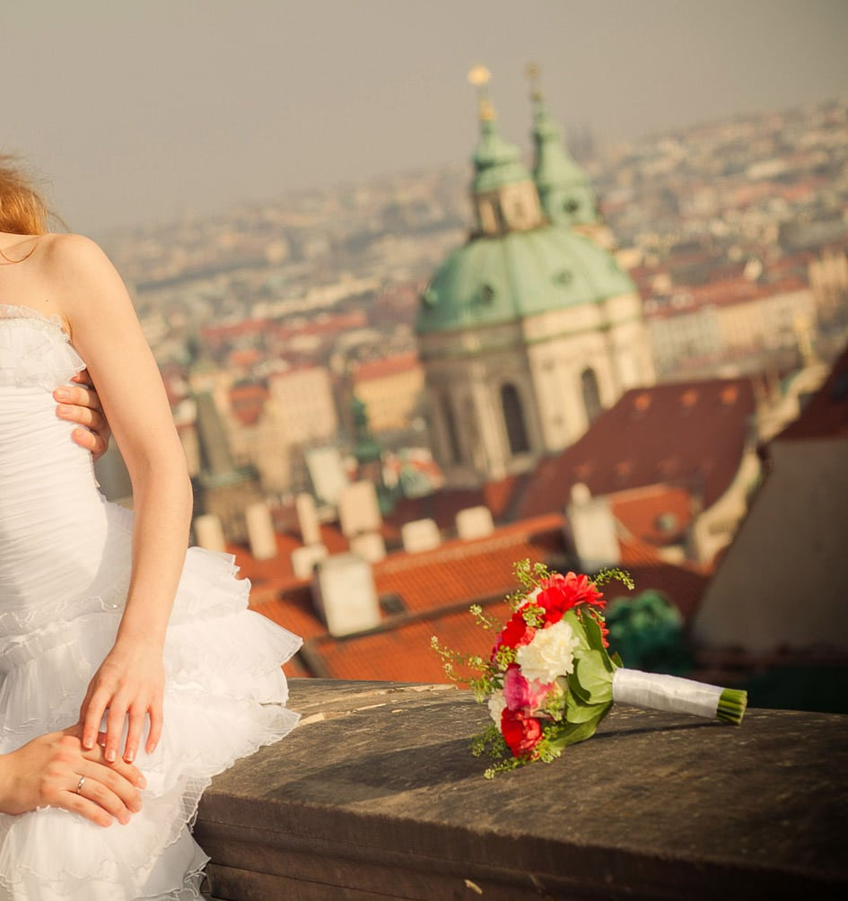 Old Town Hall Prague weddings / A & P / wedding photography