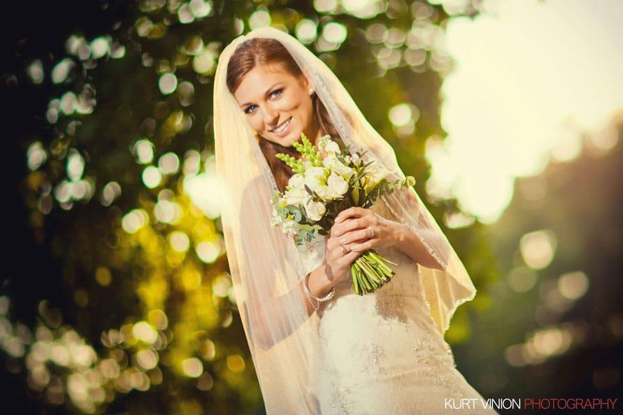 Jennifer & Shad Vrtbovska Garden wedding photography in Prague