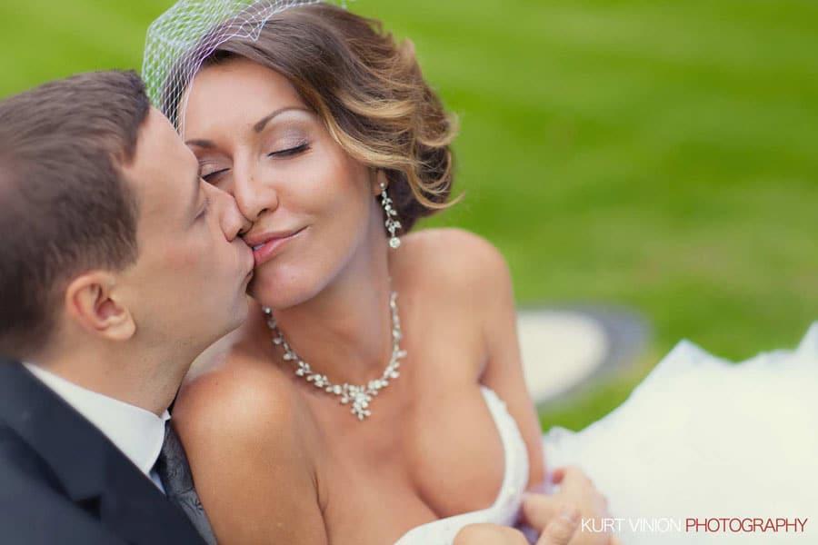 prague wedding photography / M & N luxury wedding / Prague Castle portraits