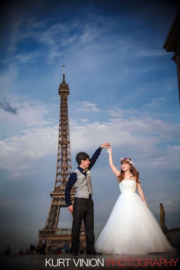 Paris overseas photos / N & K / near the Eiffel Tower portraits