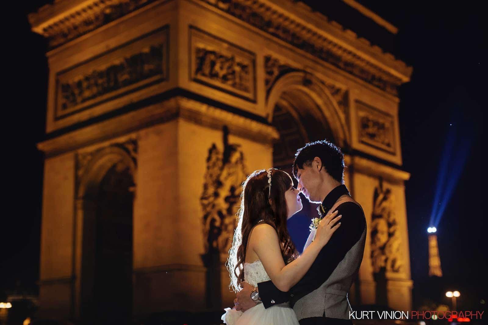 Paris overseas photos / N & K / Arc de Triomphe de l'Étoile portraits