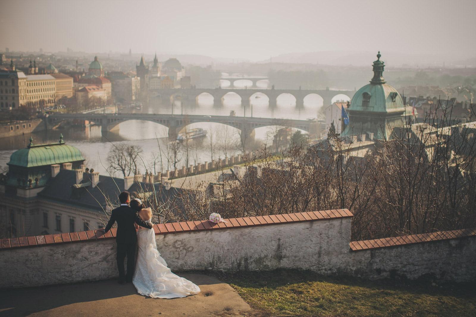 Prague pre wedding / Suki & Steven / portrait session at Letna