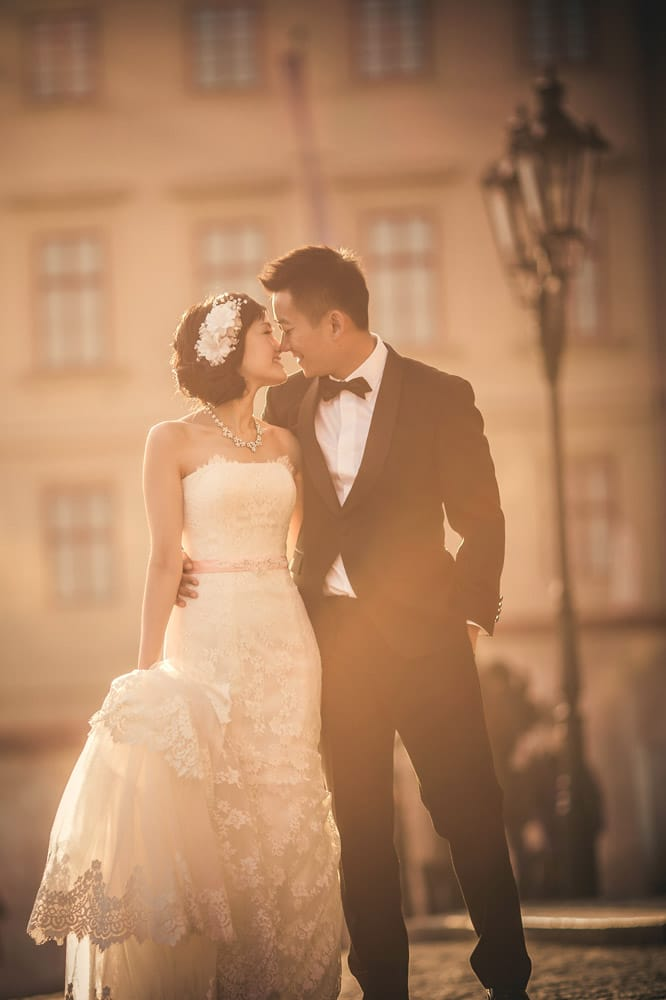 Prague pre wedding / Suki & Steven / wedding portraits at Prague Castle
