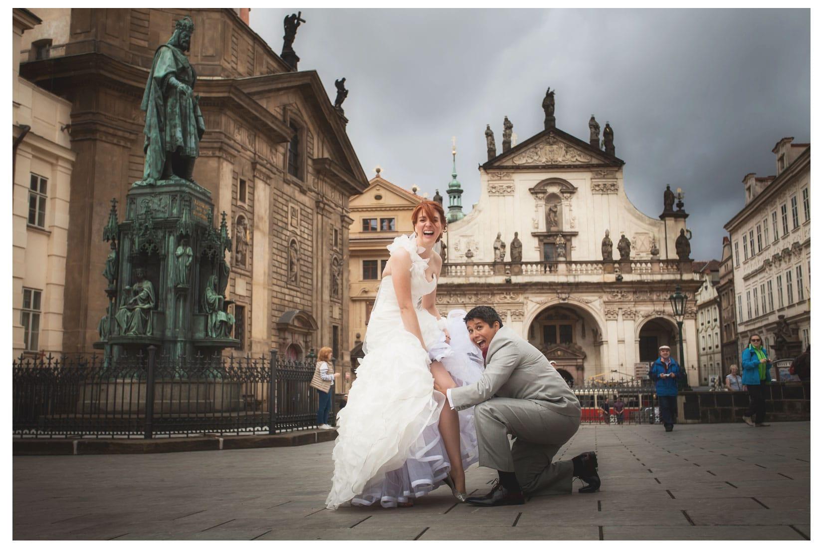 Charles Bridge Wedding / Kimberly & Jules / Charles Bridge portraits