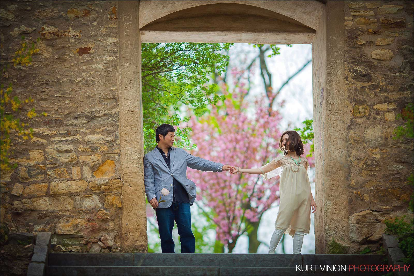 Prague pre wedding / Shirley & Green / photography at Petrin hill