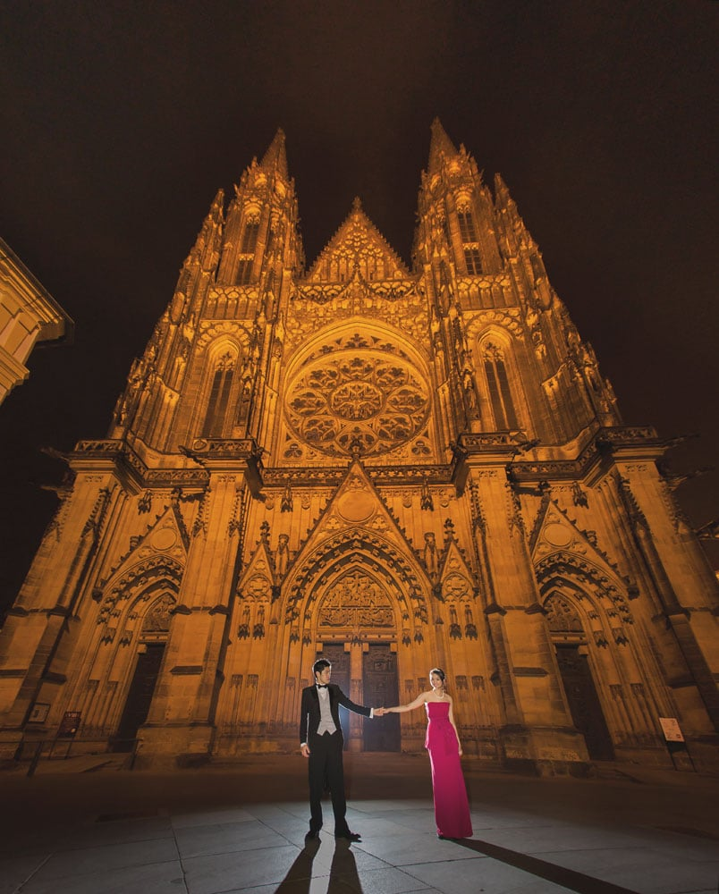 Prague pre wedding / Winona & Erik / portraits in front of St. Vitus Cathedral