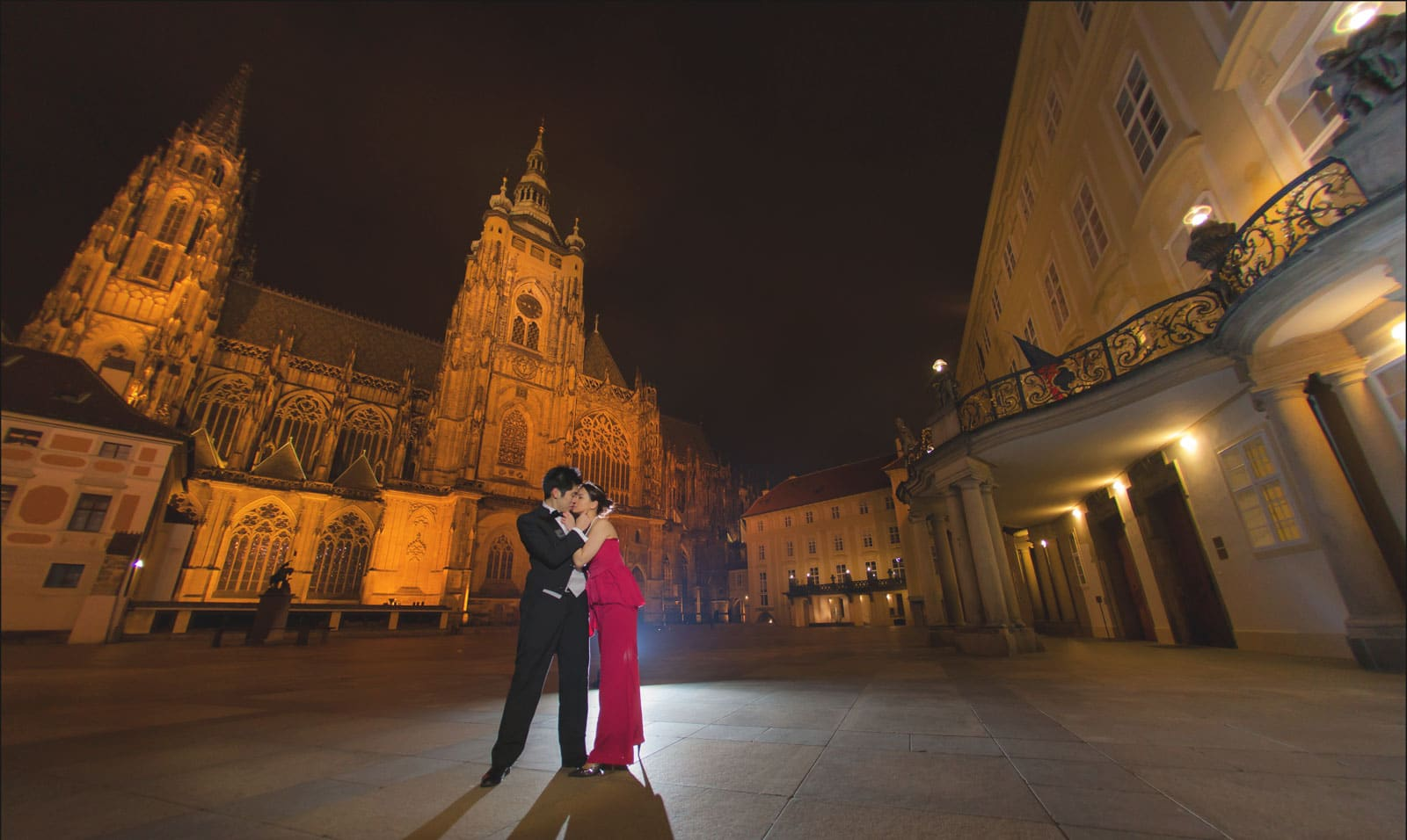 Prague pre wedding / Winona & Erik / portraits at Prague Castle