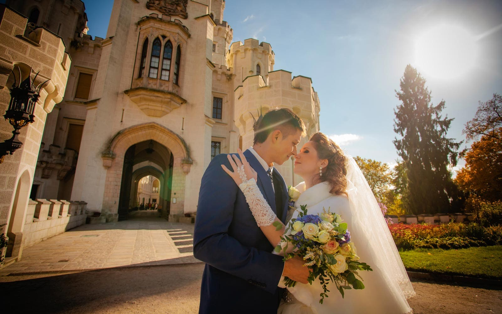 Hluboka nad Vltavou Castle weddings / O&A / elopement wedding