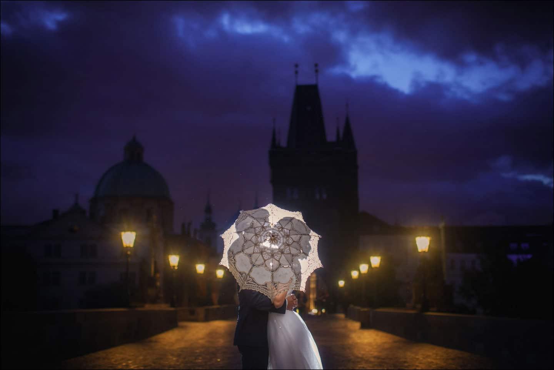 A sunrise pre wedding portrait session in Prague with S+P