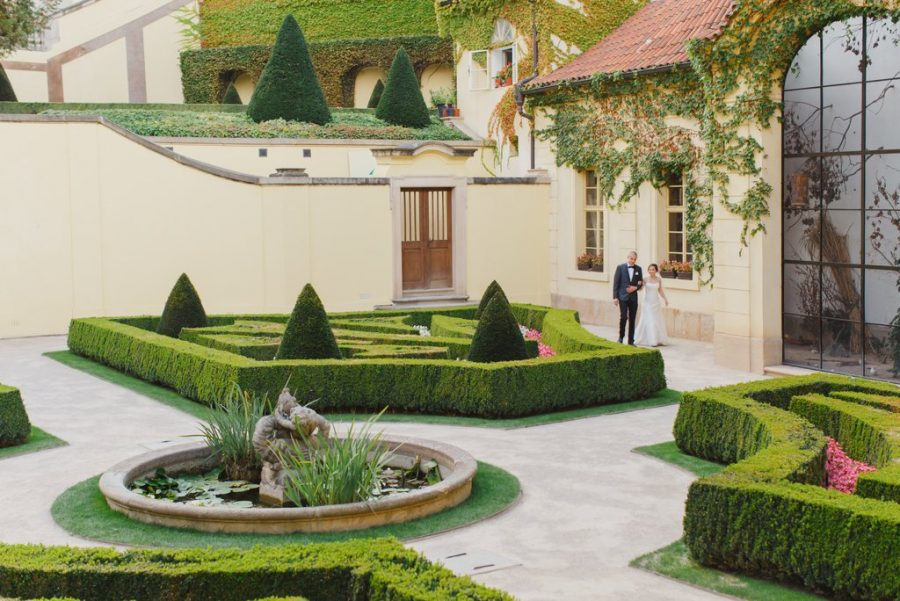 Prague weddings / J&J Wedding ceremony at the Vrtba Garden / captured by American photographer Kurt Vinion