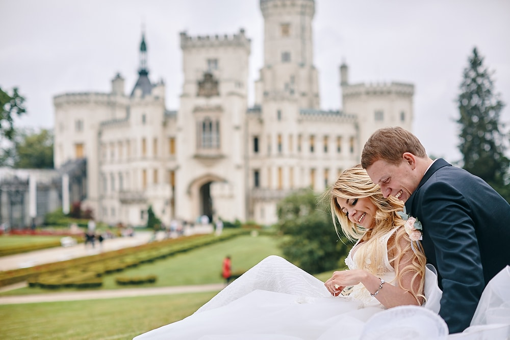 Castle Hluboka wedding with A&S